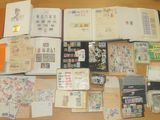 Collection de Timbres-postes, France et Monde, 1 album 1850-1988, 1 album Monde, 1 album Europa 1984...